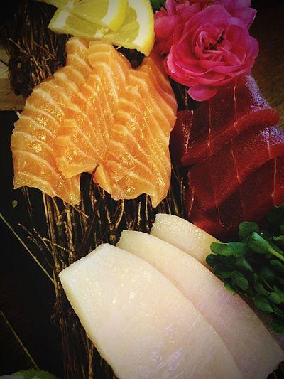 IPhoneography Check This Out Foodphotography Taking Photos Sushi Yammy!!  Salmon Sashimi Enjoying Life Raw Fish Foodporn