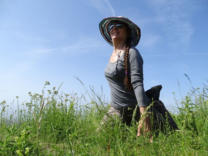 Yoga Relax Relaxing Yoga In Nature Green Yogaeverydamnday Yogalove Women Clear Sky Headwear Sitting Agriculture Sky Grass Sun Hat Cultivated Land Agricultural Field