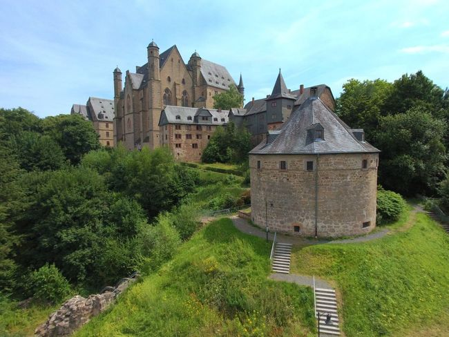 Schloss Marburg Tree Castle History Medieval Sky Architecture Building Exterior Old Ruin Ruined Weathered Ancient Rome Stone Material Archaeology Ancient Civilization Deterioration Fort