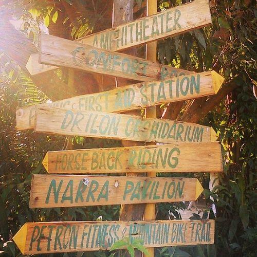 Signs LaMesa Quezoncity