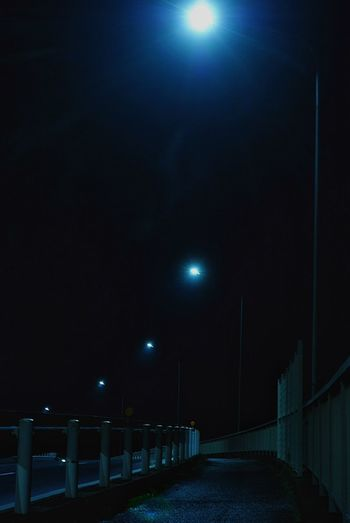 Streetphotography Taking Photos Night Lights EyeEm Best Shots Light Light And Shadow Silhouette Nightphotography Night Cityscapes