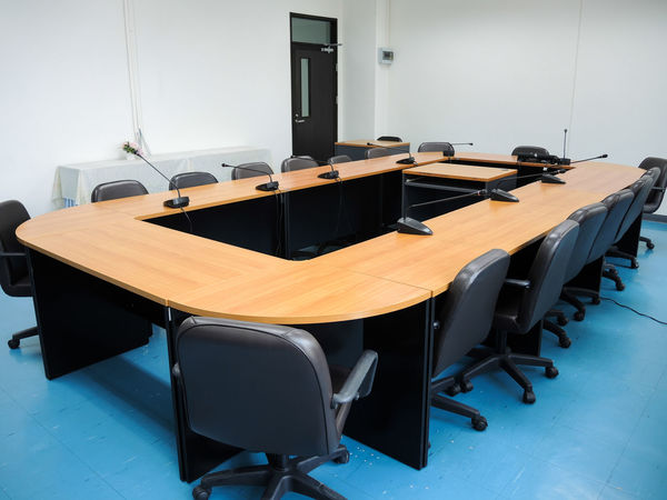 Chair Classroom Day Desk Education Indoors  Learning Lecture Hall No People Table Technology University