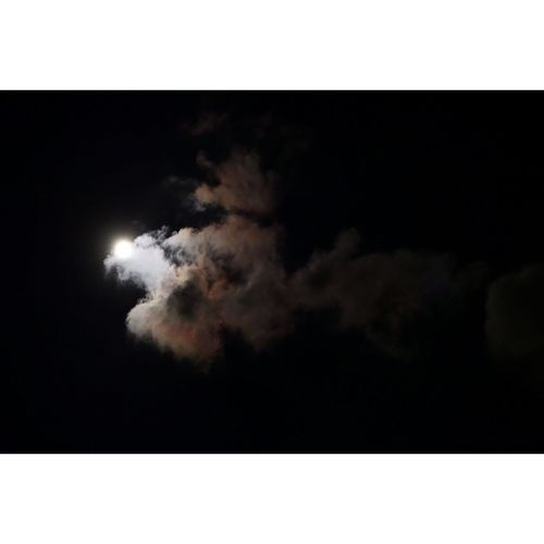 full moon 🌕 Sky Fullmoon Darknight Clouds And Sky Deemain Photography Goodnight