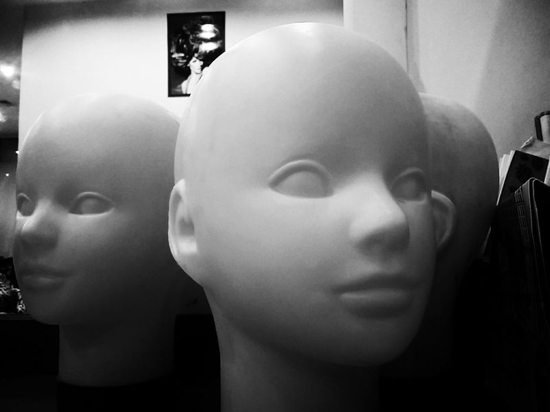 Untold Stories Urban Lifestyle Eye4photography  Getting Creative Getting Inspired Mannequins Plastic Model Deceptively Simple the hair should be there...somewhere