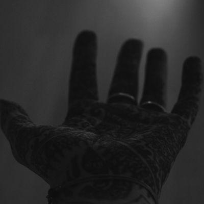 Bilder ausgraben. VSCO Henna Tattoo