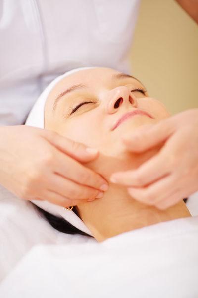 Beautician Beauty Beauty Spa Caucasian Clinic Cosmetology Doctor  Face Facial Hand Healthcare Massage Procedure Relaxation Salon Skincare Séance Therapist Woman
