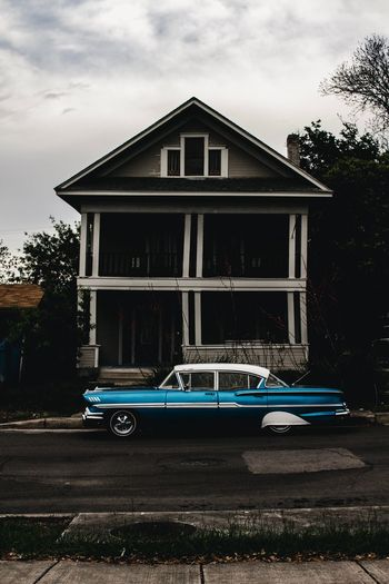 Baby Blue Vintage Cars Classic Car Architecture Built Structure Building Exterior Sky House Tree Nature Mode Of Transportation Land Vehicle No People Residential District Outdoors Cloud - Sky Transportation