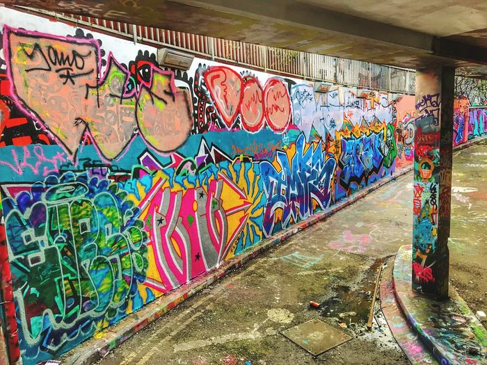 Graffiti Multi Colored Art And Craft Creativity Street Art Wall - Building Feature City Spray Paint Pattern Day No People Outdoors Architecture Close-up