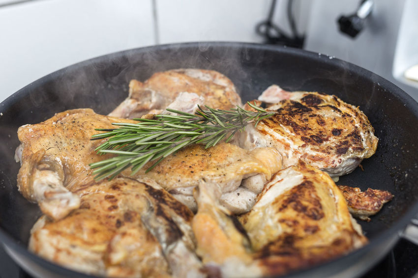 Chicken Close-up Day Food Food And Drink Freshness Healthy Eating Indoors  Meat No People Preparation  Ready-to-eat Restaurant-kitchen