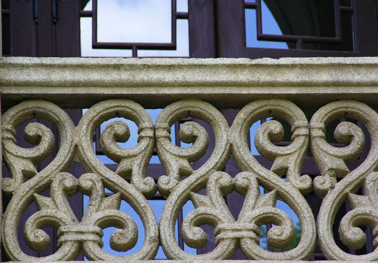 No People Built Structure Architecture Pattern Design Close-up Shape Window Building Exterior Building Outdoors Old Balcony Old Building Exterior Old Building  Decorative Design Decorative Balcony Historic Building Historic Architecture