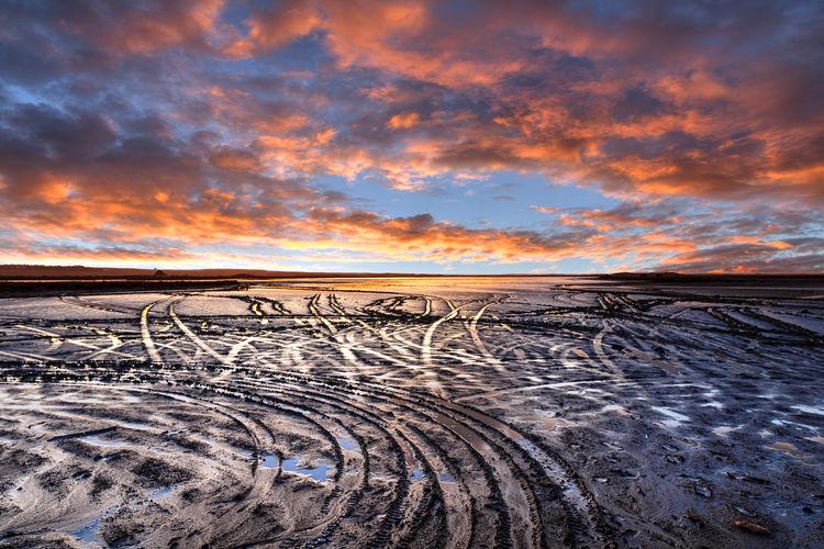 Sky Scenics - Nature Cloud - Sky Horizon Over Land Horizon Orange Color No People Landscape Beauty In Nature Salt Flat