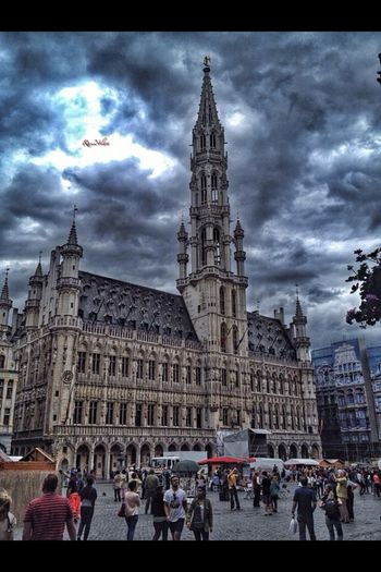 Brussels Grote Marct. The house of the king. Traveling History Beauty