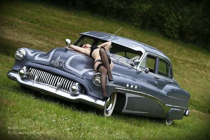 US Cars Relaxing Model Lingerie Shooting Outdoor Available Light Sexygirl America Sweet