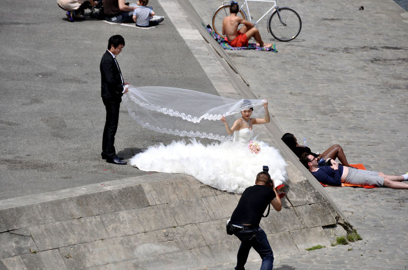 Bride And Groom City Life Cityscapes The Street Photographer - 2017 EyeEm Awards In Paris Seine Shooting Take Me To Church Wedding Photography