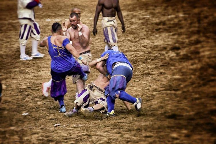 CalcioStorico Bianchi Florencehistory Gladiators Firenze Azzurri