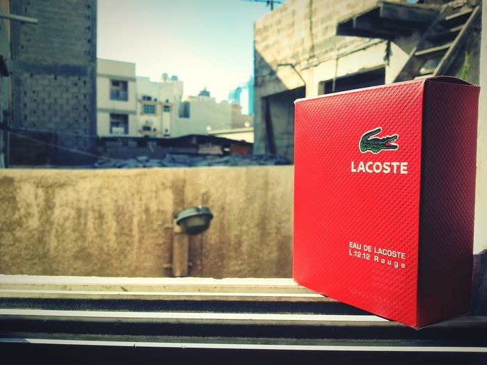 Perfume Lacoste Red Colour
