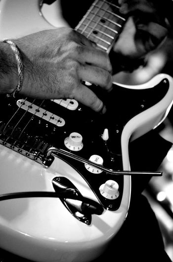 Black & White Blackandwhitephotography Close-up ElectricGuitar Focus On Foreground Guitar Light And Shadow LiveMusic Monochrome Musical Instrument PlayingGuitar Taking Photos