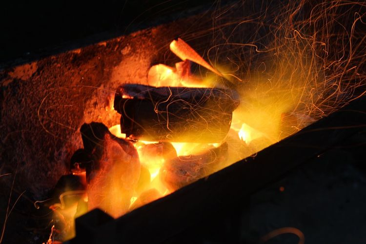 Backgrounds Heat - Temperature Burning Fire Flame Fire - Natural Phenomenon Glowing Nature Night Motion Yellow Close-up Orange Color