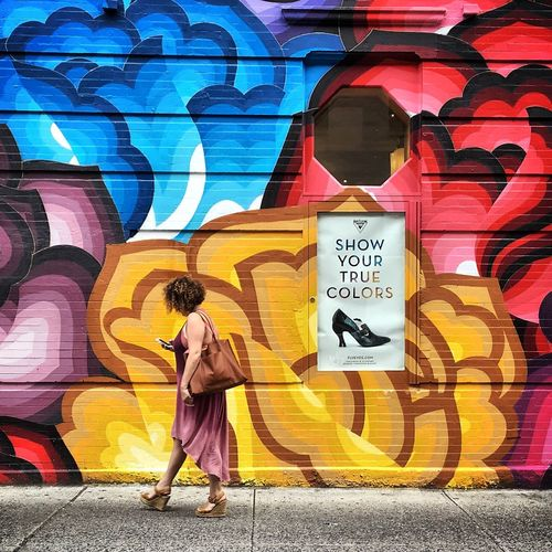 True colors Streetphotography Street Photography Street Art Woman NYC Manhattan Colors