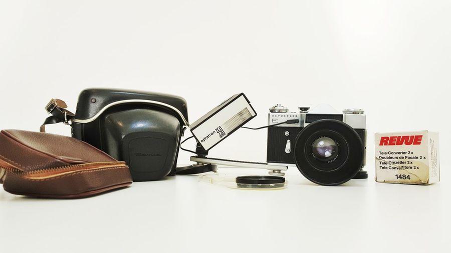 No People Retro Styled Old Antique Nostalgia Analog Exa Ib Camera Lens Shutter Aperture Vintage Film Camera Camera Set 135film Film Cameras SLR Camera Lens - Eye Slr_photography Revueflex Camera - Photographic Equipment