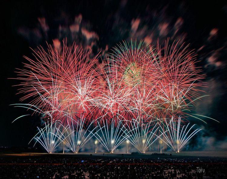 Exploding Night Firework Display Celebration Long Exposure Event Arts Culture And Entertainment Firework - Man Made Object Illuminated Motion Sky No People Outdoors こうのす花火大会 Event Japan Saitama