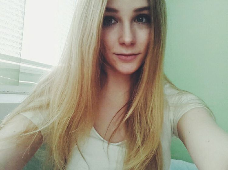 Pale Polishgirl Blonde Girl Aesthete American Apparel Joanna Kuchta Aesthetics Soft Grunge Aesthetic Like Me