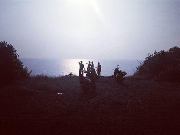 The hidden horizon. Colabeach Goanbeauty Goantrip Goa Goabeaches❤️❤️ Dio Cliff Offroading Bluelagoongoa