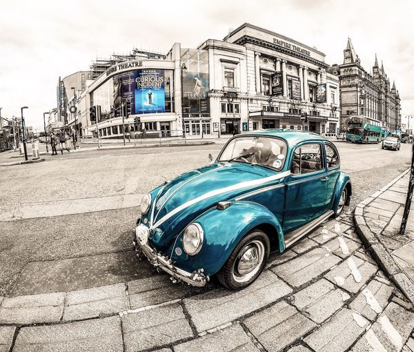 Volkswagen Beetle... The Love Bug ❤️🐛...x Old-fashioned Car Vintage Car Retro Styled Transportation Collector's Car Architecture Mode Of Transport Street Outdoors Antique City Built Structure Building Exterior Blue Day No People Sky Volkswagen Beetle Love Bug First Eyeem Photo EmpireThearter Liverpool