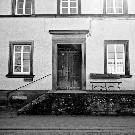 Building Exterior Architecture Built Structure Window Door No People Outdoors Day Rural Scene Ruralhouse Tranquil Scene EyeEmNewHere EyeEm Gallery TheWeekOnEyeEM Architecture Photography Facades And Light Vintage Facadelovers Black And White Blackandwhite Photography Black And White Collection