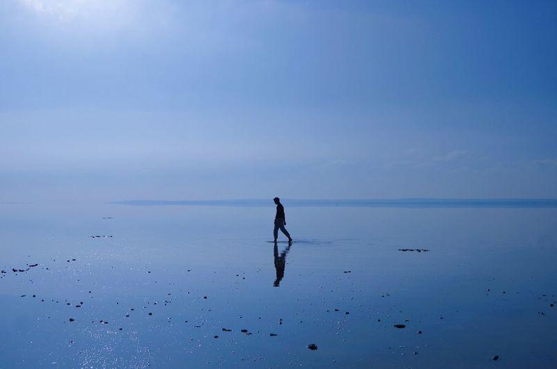 土耳其 - 图兹湖 Water One Person Full Length Silhouette Sky Nature Day Sea first eyeem photo