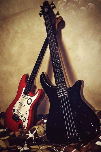 Music Brings Us Together Guitars Guitar Electric Guitars Music Eyeem Music Eyeem Guitar