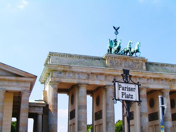City Gate Architecture City Travel Destinations Tourism Outdoors Business Finance And Industry Building Exterior No People Sky Tree Day Germany🇩🇪 Capture Berlin Brandenburg Gate Berlin Berlin Photography Brandenburger Tor Brandenburgertor Architecture Parisan Reichstag GERMANY🇩🇪DEUTSCHERLAND@ City Built Structure Capture Berlin