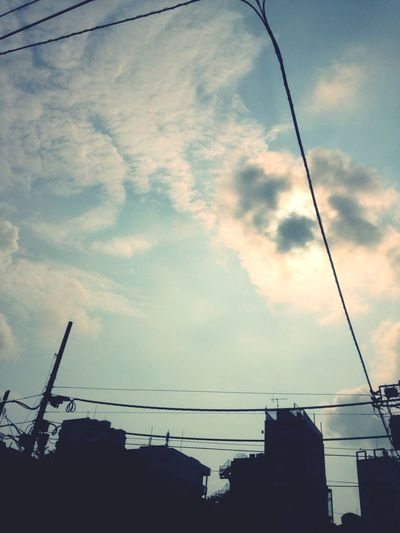 Taking Photos EyeEm Sunshine Asakusa Sky Collection Sun Light And Shadow 通勤路
