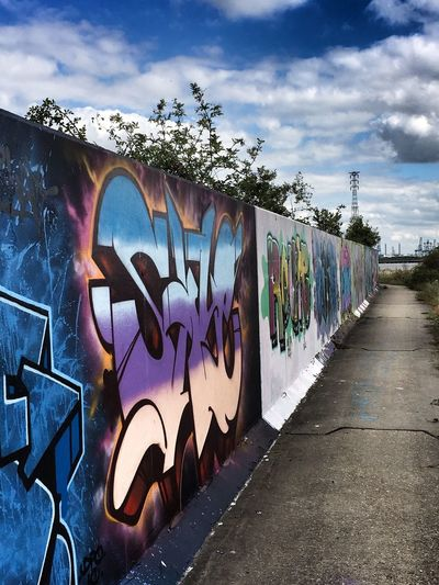 On the Road ... Graffiti Art stretches for miles along the Thames Path River Thames The Week On EyeEm