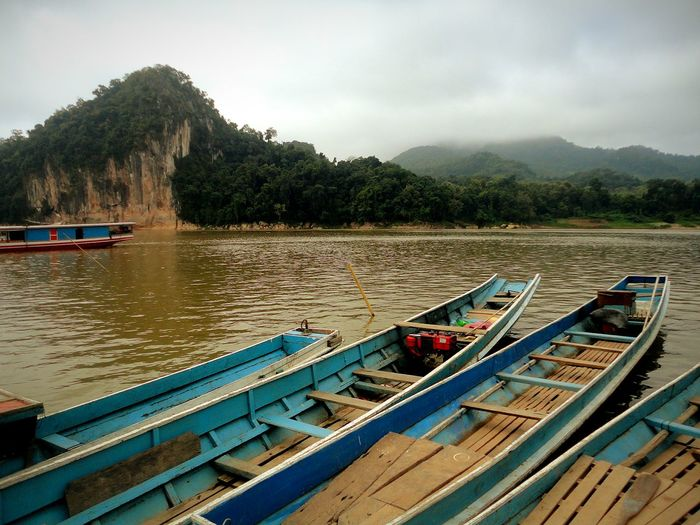 Laos, Luang Prabang Travel With Me Traveltheworld Travel Travel Photography River Boats Laos Travel Water_collection Travel Destinations Feel The Journey Landscape Long Boat Transportation Landscapes