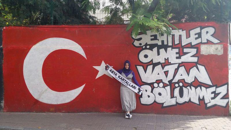 şehitler ölmez Vatan Bölünmez Asyakartallari Besiktas Türkbayragi