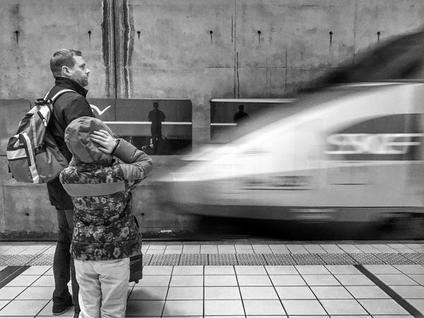 TGV Family Early Morning 😀 Holiday Travel Photooftheday Tourism Super_france IPhotofr Outofthephone IPhoneography Iphonographie EyeEm IPhoneography Snapseed EyeEm Mobilephotography Iphonephotography Iphoneonly Iphonephotooftheday Bnw Blackandwhite Massy Train Station Moment