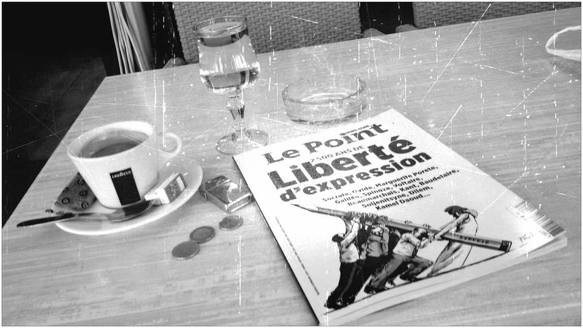 Good Morning ! My favorite community 😊 Have a nice day! Coffee Time Liberté Freedom Press Black And White Blackandwhite Black & White Blackandwhite Photography