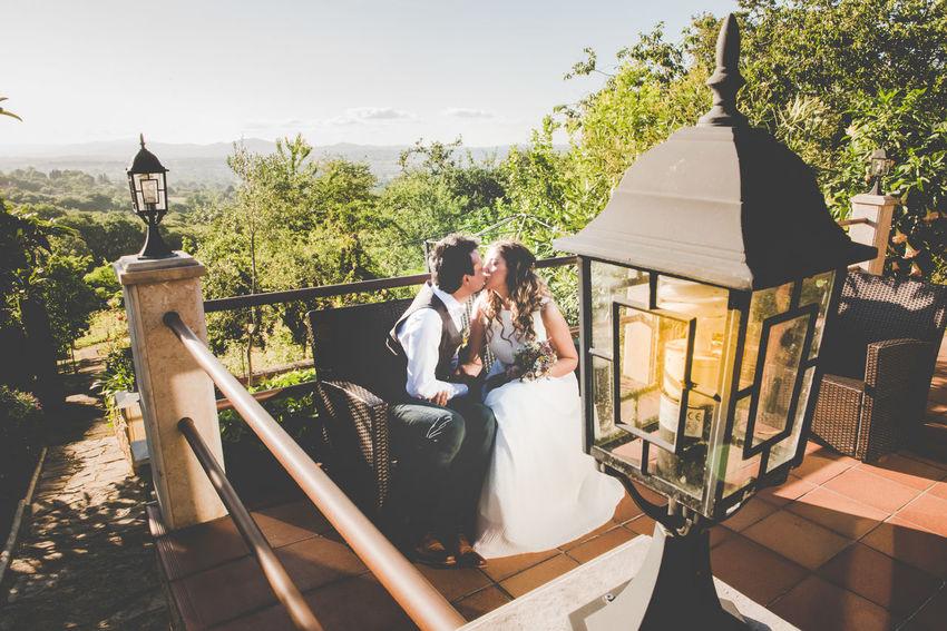 Couple Groom Kiss Love Wedding Wedding Photography Weddings Around The World Bride Groom And Bride Wedding Day Wedding Dress Wedding Party