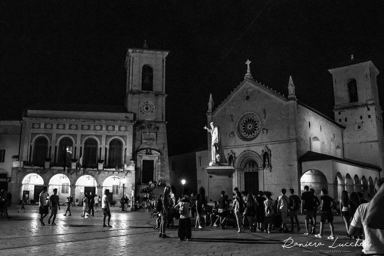Bell'italia Norcia Norcia By Night People Piazza San Benedetto Prima Del Terremoto Sky Summer 2016
