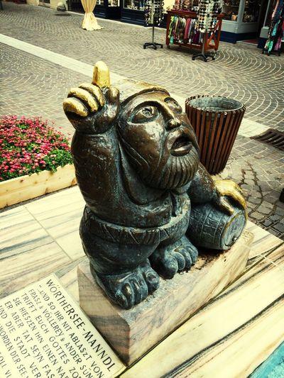 The wise man Bronz Statue In Celovec, Austria