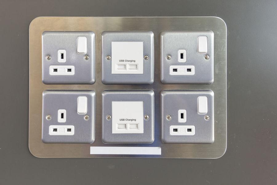 Cable Close-up Plug Plugs Push Button Recharge USB Usb Charger Usb Port Usb Powered Usbdrive Usbflash Usbmouse