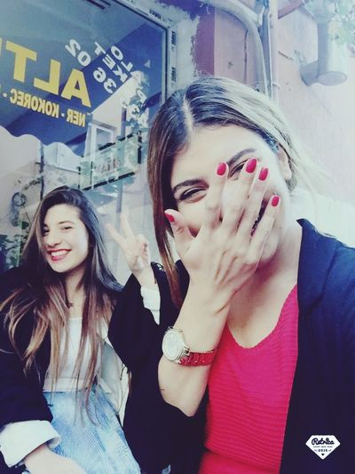 Gülüşlerim Sahte 🤓🙄🤐😅🐣 First Eyeem Photo Red 👄💋💄👠
