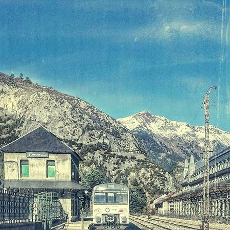 Canfranc (Pirineos) Canfranc Estaciondecanfranc SPAIN España Todoes_spain Instatravel Instalike Instagram Instagrammers Instagood Train Ferrocarril Photography Original Retouching Like4like Liking Landscape Gare Station Montagne Pirineos Paisaje Likes Paysage retouched domingo tren instapaisaje top