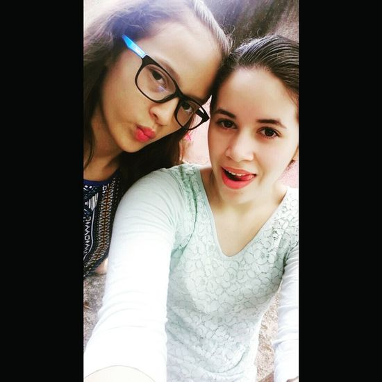 Redlips Hermanas PuroBonito Hi Goodnight Blessed  😍 Colorfull Hello World Selfietime Selfie