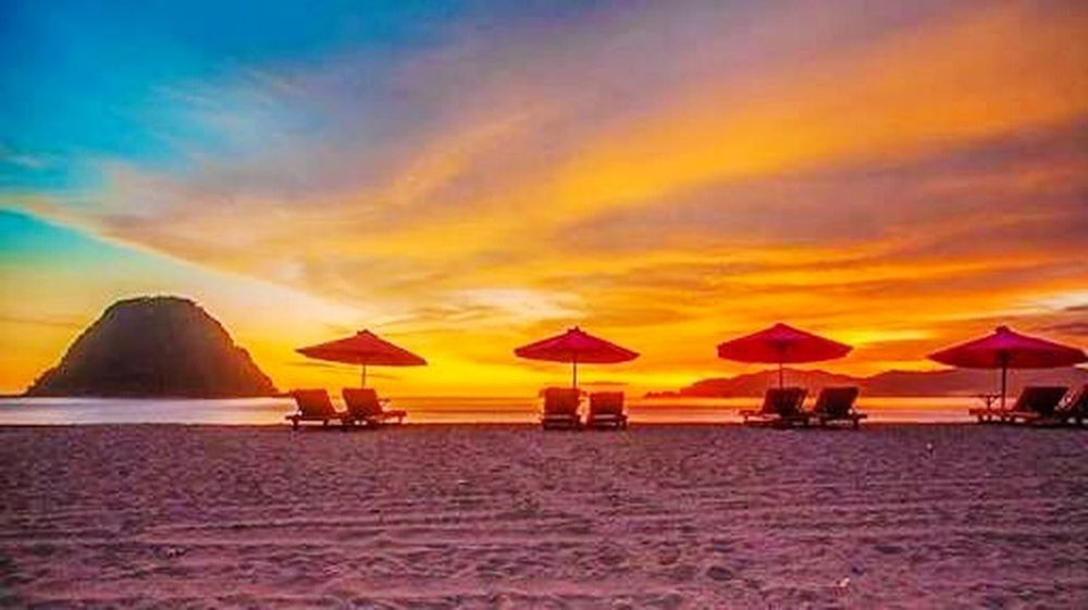 Hi! Hello World Beautiful Sunset Beautiful Nature Red Island Banyuwangi,Indonesia Visit Indonesia Enjoying Life Beautiful Indonesia