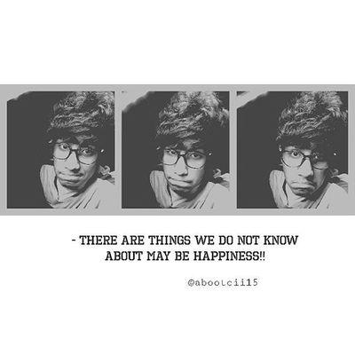 هنالك من لايعلمم بأن هنالكك السعاده فيتضمر ويكتئب وهذا بسبب تفكيره بأن ليس هنالك سعادهه ولا يأمل لسعادهه💭💜