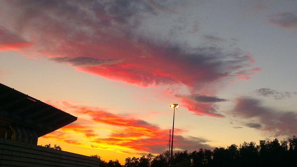 rosso di sera... sta arrivando la notte! red sunset Foto_italiane Foto By Ulk Sunset Sunset Silhouettes