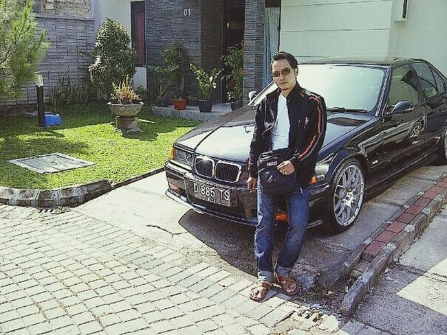 E36M3 BMW M3 Model Selfie
