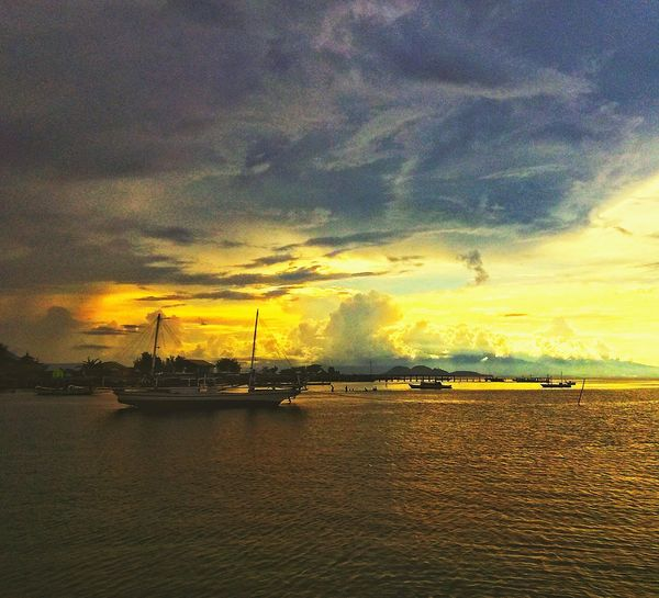 Sunset Nautical Vessel Sea Tranquility Cloud - Sky Sky Nature Water Outdoors Beach Vacations No People Travel Destinations Harbor Scenics Sailboat Beauty In Nature Horizon Over Water Yacht Day